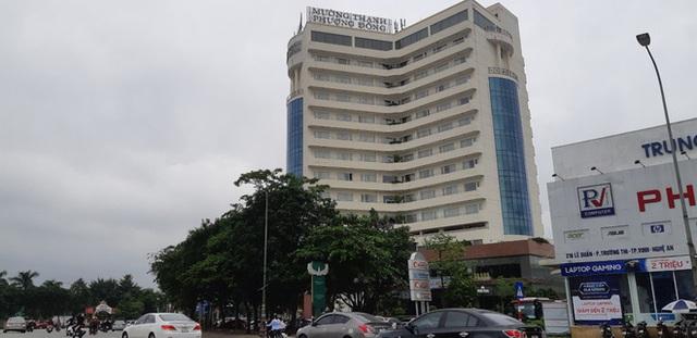 Bệnh nhân 736 từng ở khách sạn tại Nghệ An và đến Hà Tĩnh trước khi phát hiện nhiễm Covid-19 - Ảnh 1.