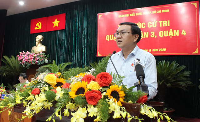 Nhiều lãnh đạo ở TPHCM được chấp thuận nghỉ hưu trước tuổi - Ảnh 2.
