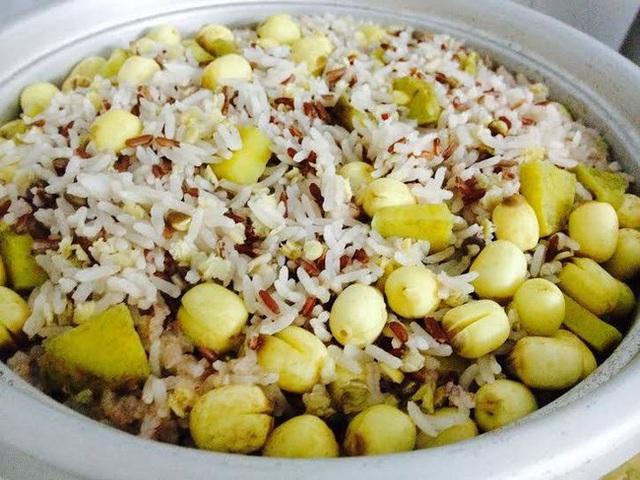 Khi ăn cơm hãy nhớ 3 nguyên tắc này để cơm trở thành liều thuốc bổ cho sức khỏe - Ảnh 2.