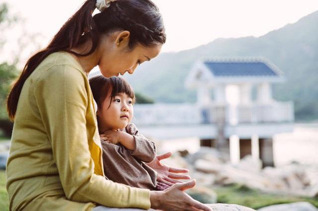 Đừng cúi đầu, vương miện sẽ rơi: Bức thư mẹ viết cho con gái, hãy đọc vì nó sẽ không lãng phí của bạn một phút nào! - Ảnh 2.