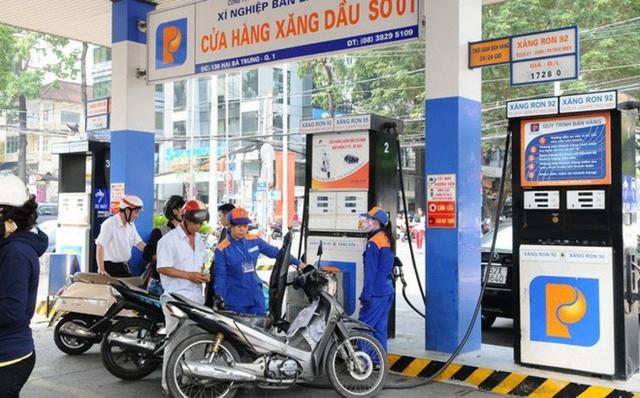 Giá xăng sẽ giảm mạnh vào ngày mai?  - Ảnh 1.