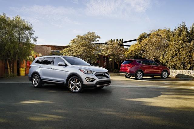 Hyundai và Kia triệu hồi gần 600.000 ô tô do nguy cơ cháy nổ  - Ảnh 1.