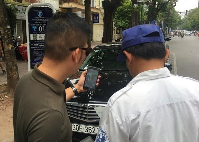 Trông xe theo iParking bị gỡ bỏ trên phố Hà Nội - Ảnh 3.