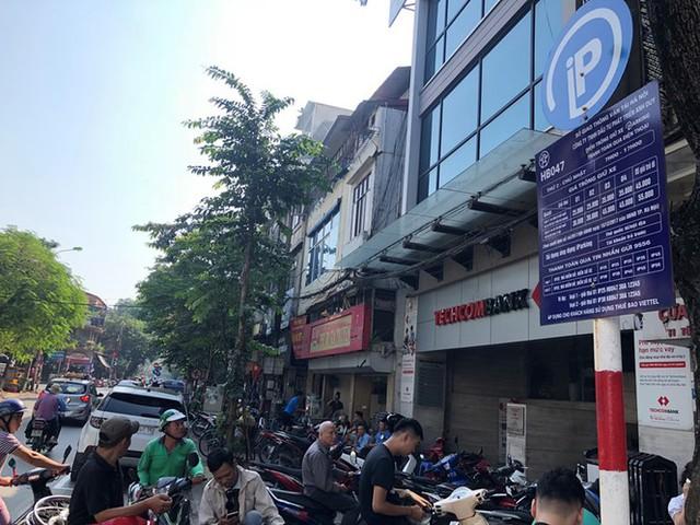 Trông xe theo iParking bị gỡ bỏ trên phố Hà Nội - Ảnh 4.