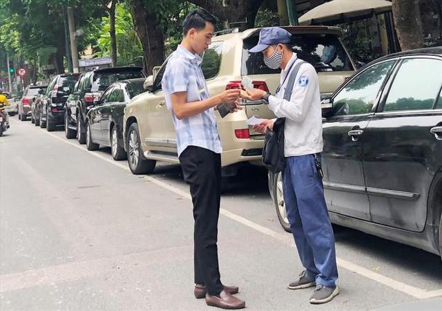 Trông xe theo iParking bị gỡ bỏ trên phố Hà Nội - Ảnh 7.