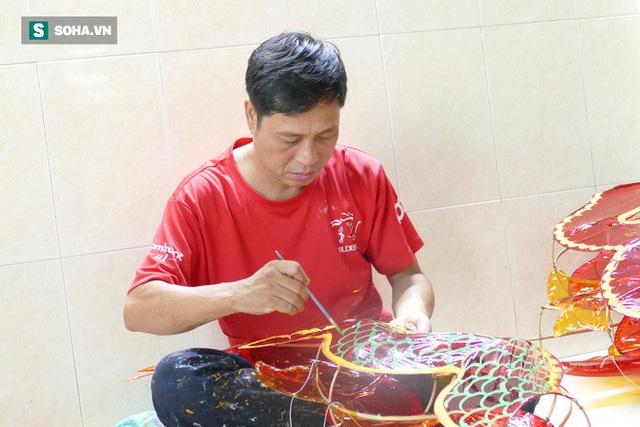 Đìu hiu xóm lồng đèn lâu đời ở Sài Gòn - Ảnh 3.