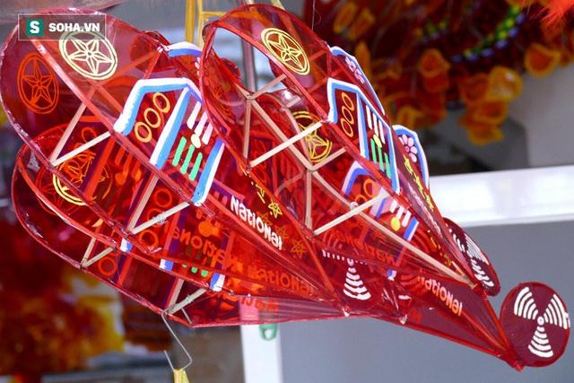 Đìu hiu xóm lồng đèn lâu đời ở Sài Gòn - Ảnh 6.