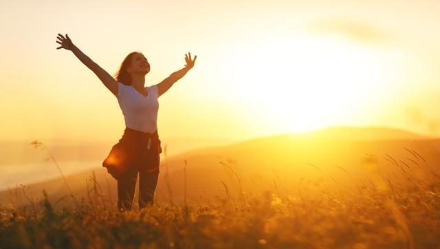 Thiền yoga Kundalini: Thay đổi hoàn toàn cuộc sống chỉ nhờ 12 phút thực hiện phương pháp truyền thống mỗi ngày - Ảnh 2.