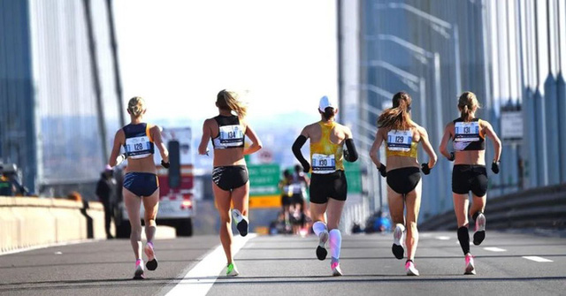 Ngồi một chỗ vẫn có thể giảm cân, môn thể thao trí óc này đốt mỡ như chạy marathon - Ảnh 4.