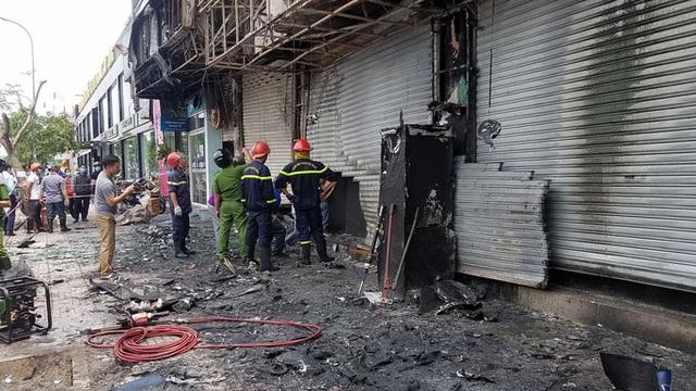 Triệu tâp người đàn ông, điều tra nghi án đốt phòng giao dịch Eximbank ở Gò Vấp  - Ảnh 2.