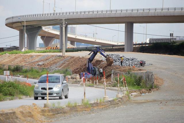 Toàn cảnh đại công trường 402 tỷ đồng nối vành đai 3 với cao tốc Hà Nội - Hải Phòng - Ảnh 13.
