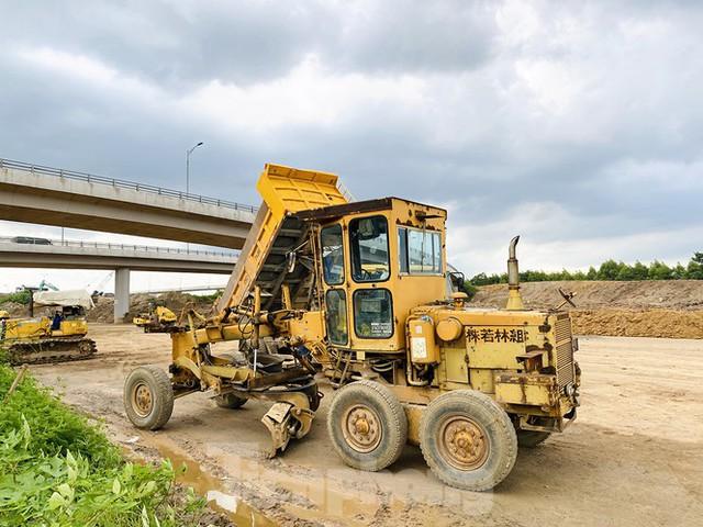 Toàn cảnh đại công trường 402 tỷ đồng nối vành đai 3 với cao tốc Hà Nội - Hải Phòng - Ảnh 6.