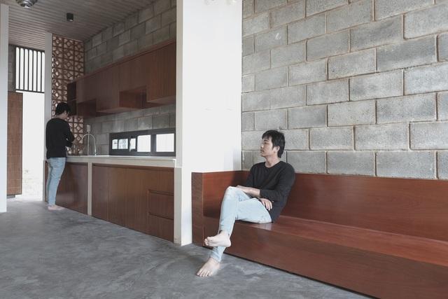 Nhà 2 tầng ở Bình Dương thiết kế sử dụng khoảng 20 năm với chi phí chưa tới 500 triệu đồng - Ảnh 3.