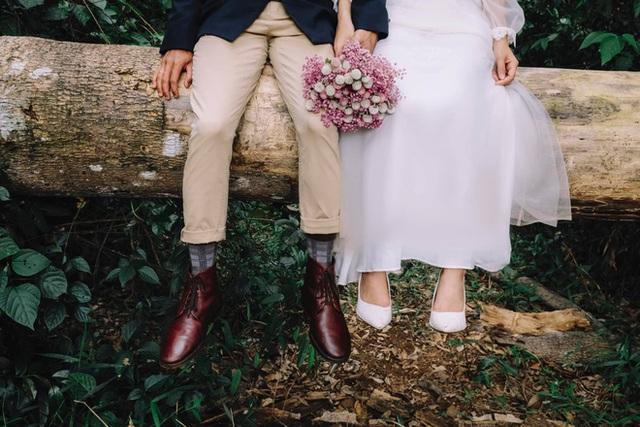 Những mẩu chuyện chưa kể của đôi vợ chồng trẻ bỏ phố về rừng: Không phải ai sinh ra cũng để trồng rau, nuôi cá - Ảnh 3.