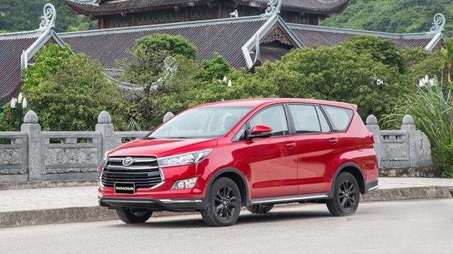 Điểm danh loạt ô tô giảm giá sập sàn trong tháng 9/2020 - Ảnh 1.