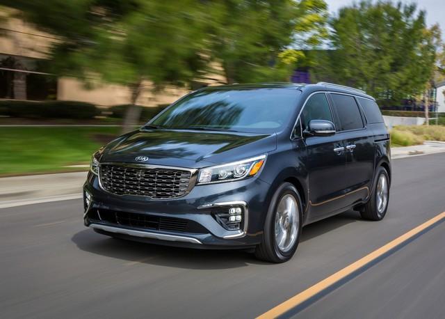 Điểm danh loạt ô tô giảm giá sập sàn trong tháng 9/2020 - Ảnh 4.