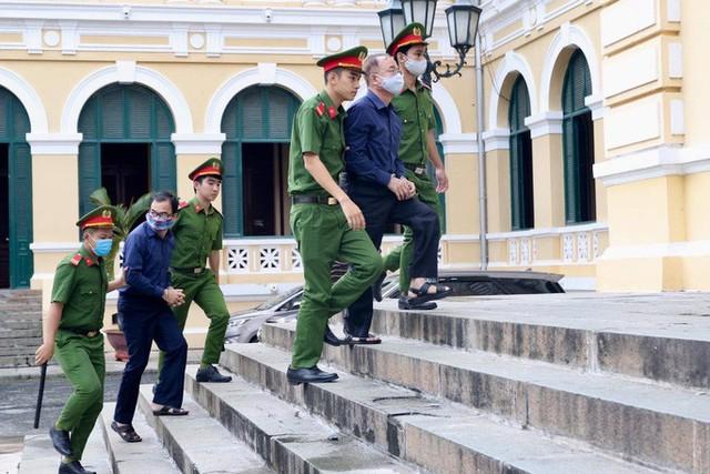 CLIP: Bà chủ Hoa Tháng Năm phản bác và cho rằng không là đồng phạm của ông Nguyễn Thành Tài  - Ảnh 2.