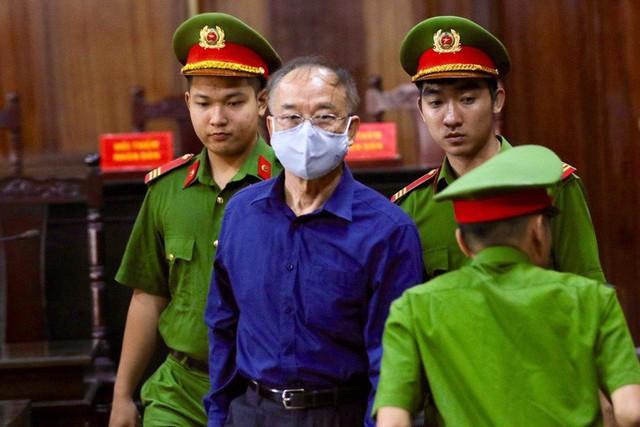 CLIP: Bà chủ Hoa Tháng Năm phản bác và cho rằng không là đồng phạm của ông Nguyễn Thành Tài  - Ảnh 3.
