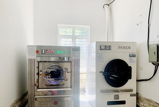 Bắt tạm giam nữ giám đốc vụ nâng giá máy giặt từ 2 tỷ lên 12 tỷ đồng rồi bán cho bệnh viện - Ảnh 2.