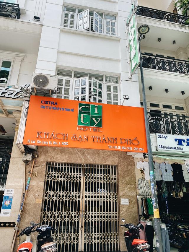 Chùm ảnh: Khách sạn ở trung tâm Sài Gòn ngừng hoạt động, rao bán vì ngấm đòn Covid-19 - Ảnh 12.