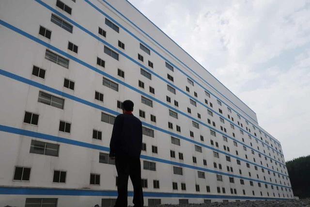 Đằng sau những chung cư cao tầng không dành cho người: Vũ khí bí mật của Trung Quốc trước đại dịch tương lai? - Ảnh 3.