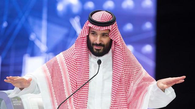 """Quỹ đầu tư 400 tỷ USD mua hụt CLB Newcastle: được bơm tiền từ nguồn dầu mỏ khổng lồ của Arab Saudi, """"rải"""" tiền khắp thế giới vào Boeing, Facebook, SoftBank - Ảnh 1."""