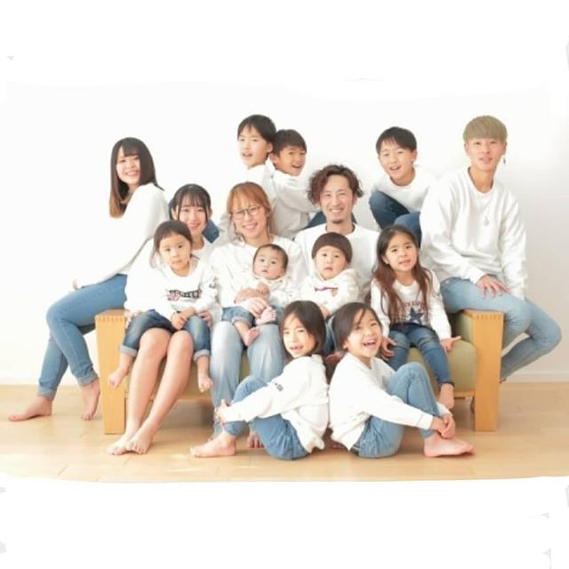 Cặp vợ chồng Nhật Bản cưới hơn 20 năm, sinh 12 đứa con nếp tẻ có đủ, hé lộ cuộc sống mỗi ngày khiến cộng đồng mạng sửng sốt - Ảnh 14.