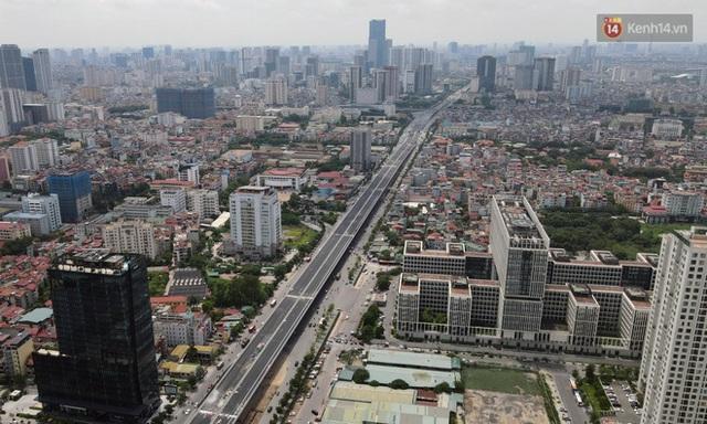 Cận cảnh cầu cạn Mai Dịch - Nam Thăng Long đã rải nhựa xong chờ ngày thông xe - Ảnh 11.