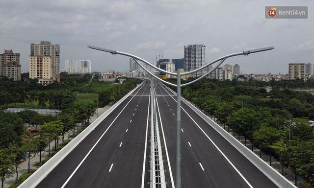Cận cảnh cầu cạn Mai Dịch - Nam Thăng Long đã rải nhựa xong chờ ngày thông xe - Ảnh 12.