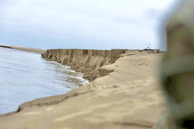 Đê chắn sóng 300 tỷ ở Hà Tĩnh sạt lở, đứt gãy sau bão số 5 - Ảnh 9.