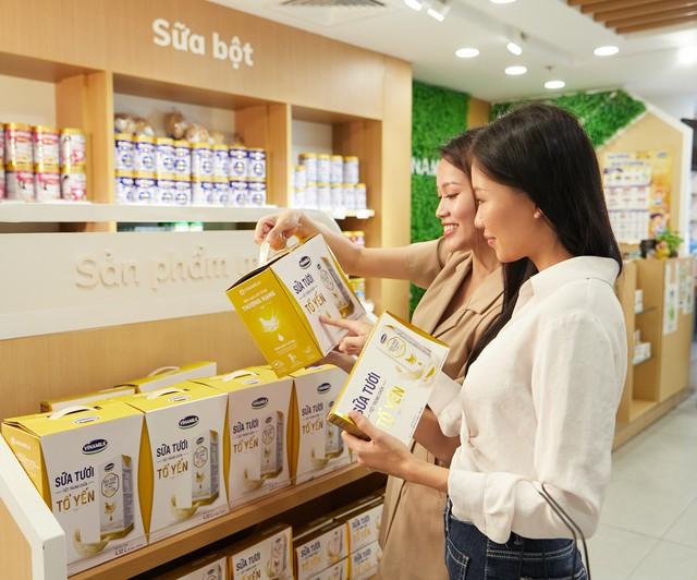 Vinamilk ra mắt sữa tươi chứa tổ yến đầu tiên tại Việt Nam - Ảnh 1.