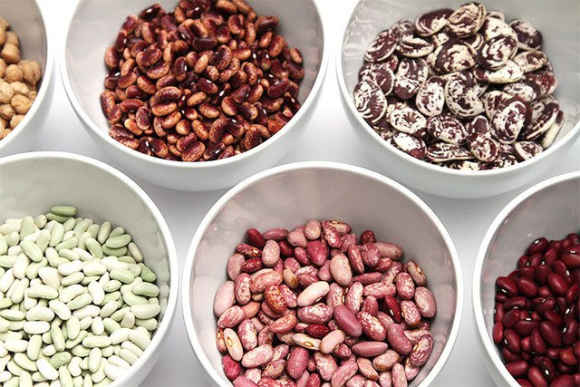 Ưu tiên nhưng không lạm dụng: 6 loại thực phẩm dù tốt cũng không nên ăn quá nhiều, kẻo rước họa  - Ảnh 2.