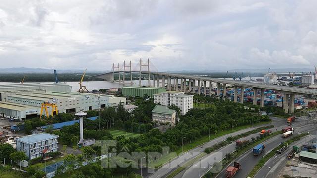 Ngắm cây cầu được ví là đòn bẩy phát triển kinh tế Quảng Ninh - Ảnh 2.