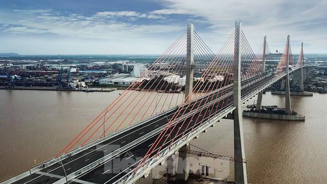 Ngắm cây cầu được ví là đòn bẩy phát triển kinh tế Quảng Ninh - Ảnh 5.