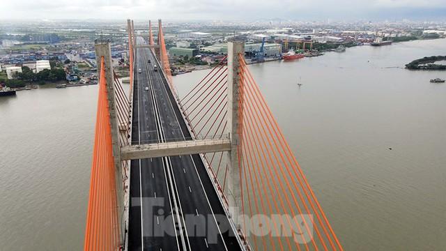 Ngắm cây cầu được ví là đòn bẩy phát triển kinh tế Quảng Ninh - Ảnh 7.
