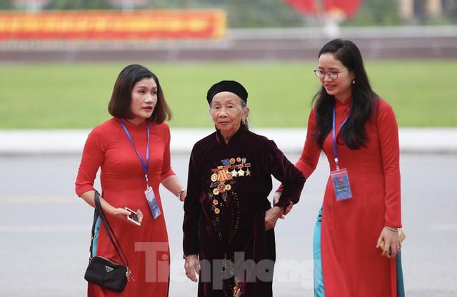 Thường trực Ban Bí thư Trần Quốc Vượng dự Đại hội Đảng bộ tỉnh Yên Bái - Ảnh 8.