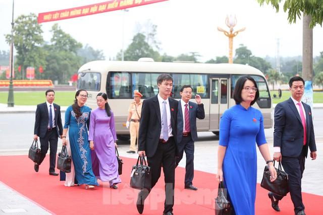 Thường trực Ban Bí thư Trần Quốc Vượng dự Đại hội Đảng bộ tỉnh Yên Bái - Ảnh 9.