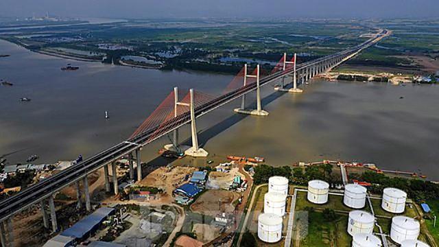 Ngắm cây cầu được ví là đòn bẩy phát triển kinh tế Quảng Ninh - Ảnh 9.