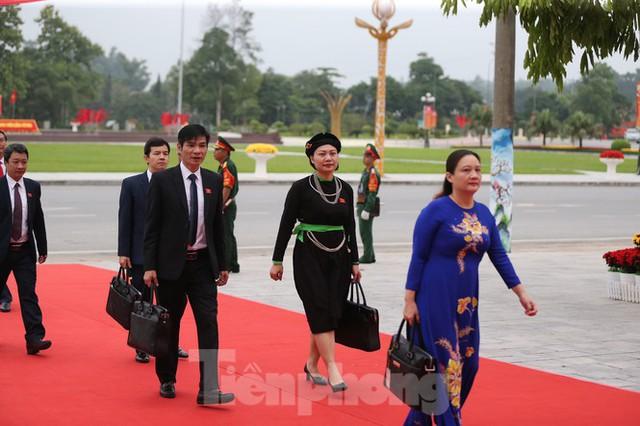 Thường trực Ban Bí thư Trần Quốc Vượng dự Đại hội Đảng bộ tỉnh Yên Bái - Ảnh 10.