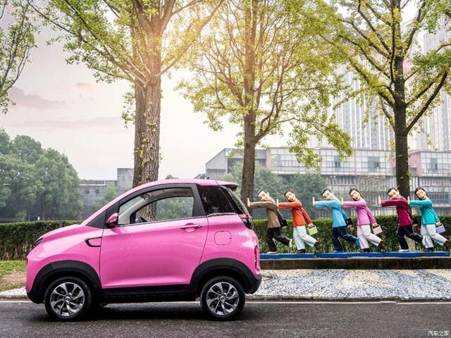 Chiếc ô tô hai chỗ đi chợ, đón con rẻ không ngờ, giá chỉ nhỉnh hơn Honda SH - Ảnh 2.