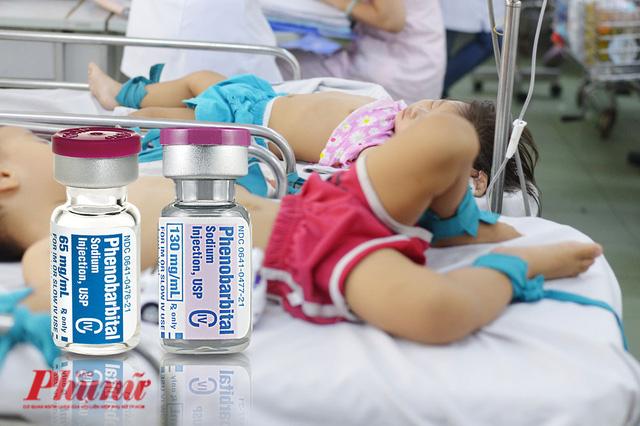 Các bệnh viện nóng vì nguy cơ hết thuốc trị co giật cho trẻ em - Ảnh 1.