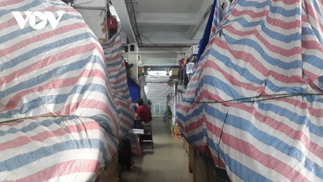Sau dịch Covid-19, tiểu thương các chợ ở Đà Nẵng gặp khó khăn  - Ảnh 2.