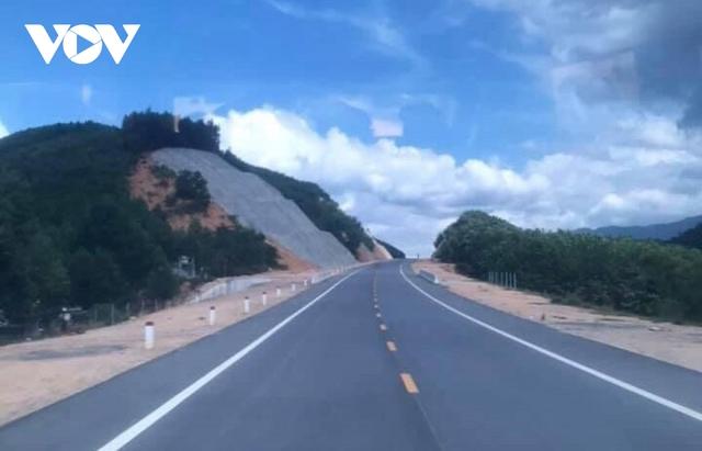 Mở thầu 3 dự án cao tốc Bắc-Nam: Hồ sơ được bảo mật, Bộ Công an cùng giám sát - Ảnh 2.