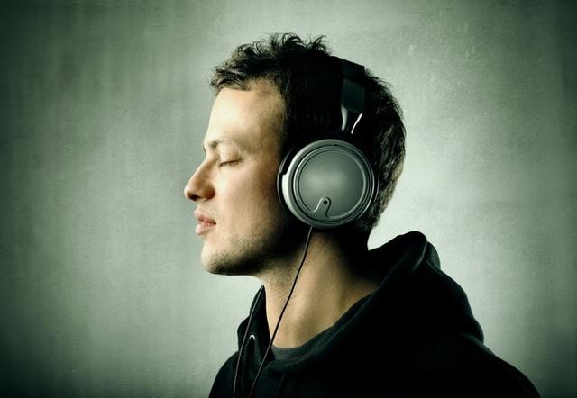 Kỳ diệu: Cách nghe nhạc để cải thiện tâm lý, nâng miễn dịch bố mẹ nào cũng nên biết - Ảnh 1.
