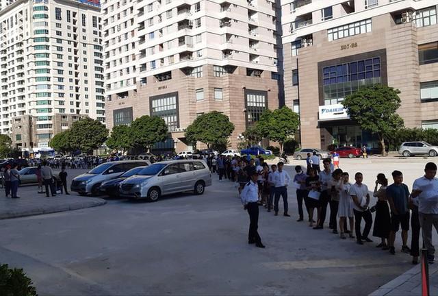 Rầm rộ rao bán quyền được mua căn hộ NƠXH ở Hà Nội - Ảnh 3.