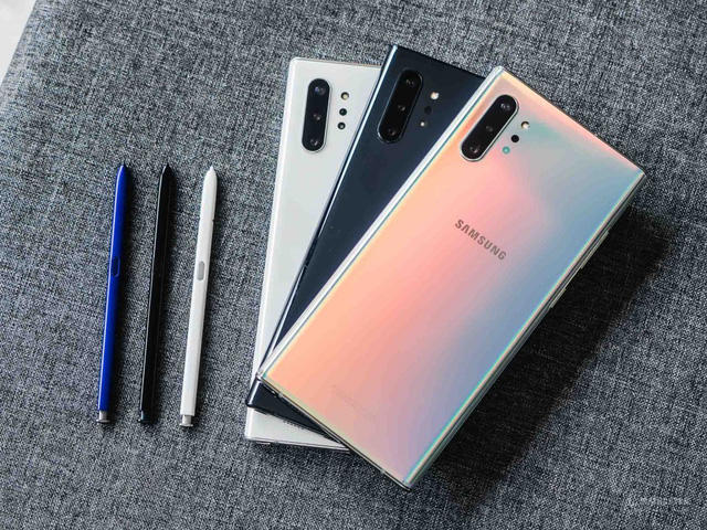 Galaxy Note10+, iPhone 11, Galaxy S20+... đồng loạt rớt giá mạnh - Ảnh 1.