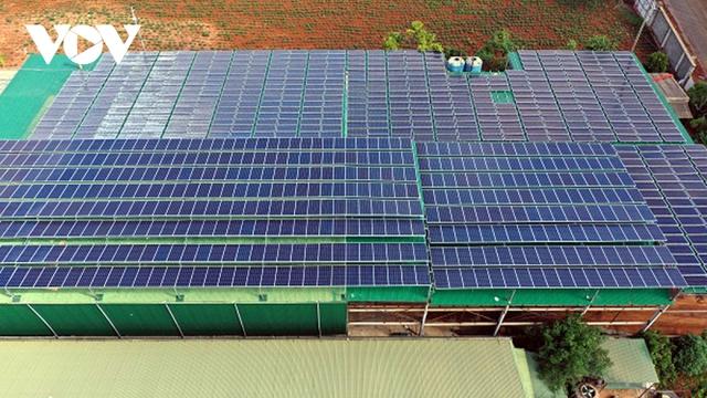 """Điện mặt trời áp mái đang tạo ra """"cơn sốt"""" đầu tư ở Đắk Lắk  - Ảnh 1."""