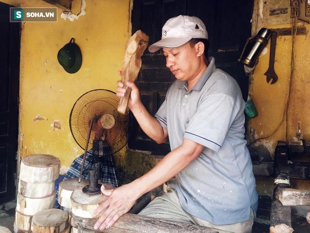 Đồ chơi truyền thống lên ngôi, làng nghề 40 năm tuổi làm xuyên đêm, lãi hơn 100 triệu đồng - Ảnh 2.