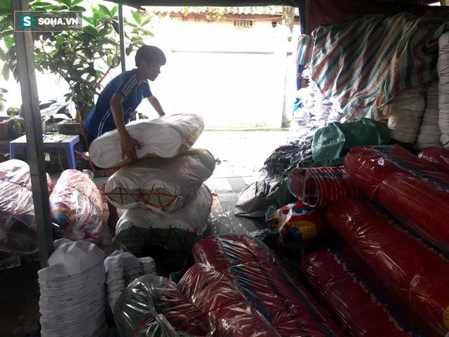 Đồ chơi truyền thống lên ngôi, làng nghề 40 năm tuổi làm xuyên đêm, lãi hơn 100 triệu đồng - Ảnh 7.