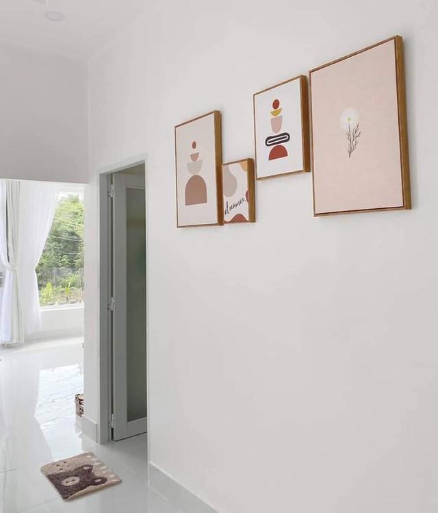 Ngôi nhà màu trắng tuyệt đẹp cô gái 25 tuổi xây tặng cha mẹ - Ảnh 6.
